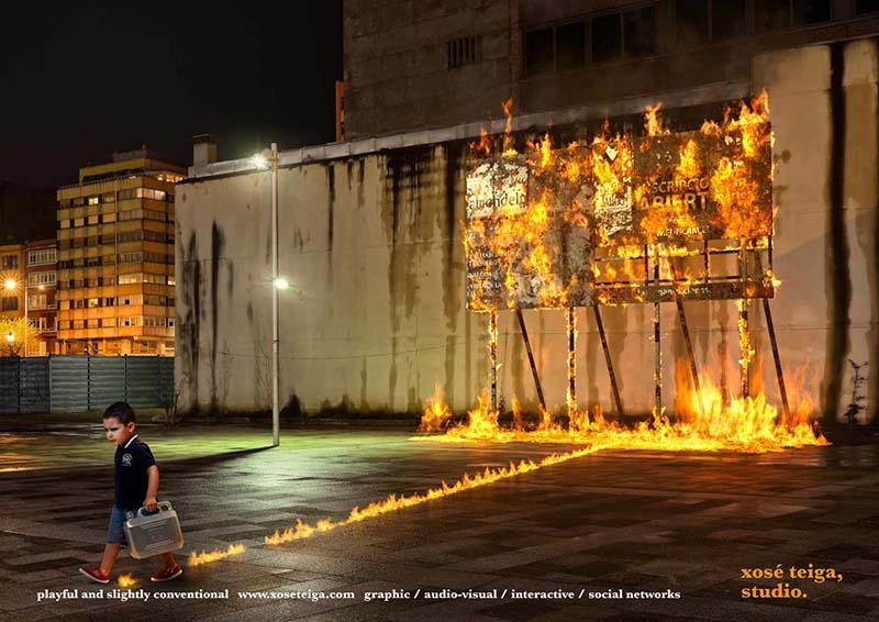 Anuncio de Xose Teiga Studio. Niño quemando con gasolina una valla publicitaria de la calle.