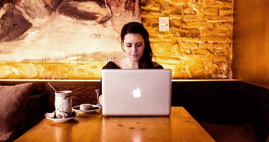 Entrevista a Rosa Morel copywriter