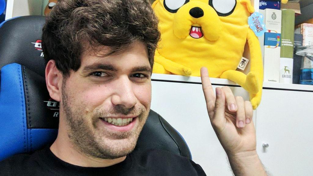 Mikecrack youtuber